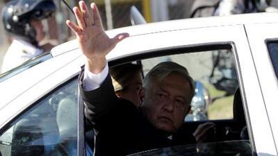 """Que AMLO viaje en su auto particular es """"sumamente riesgoso"""", dice analista político"""
