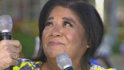 Esta abuelita le da las gracias a Jomari por cambiarle la vida a ella y a tantos otras mujeres latinas