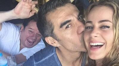 Se rumora que Candela Márquez y Adrián Uribe terminaron su relación