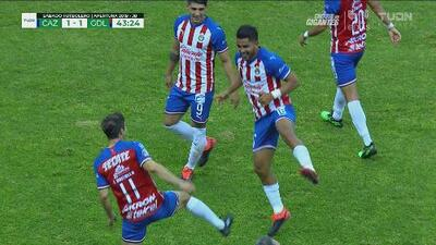 Chivas llega a 100 goles de tiro libre en Liga