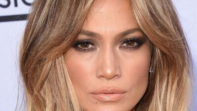 ¿Por qué criticamos a Jennifer López por sus novios y no a ellos por sus parejas?