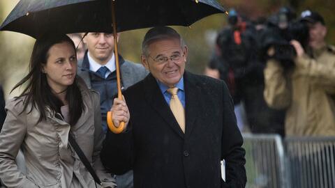 Sin veredicto terminó el segundo día de deliberaciones en el juicio por corrupción contra Menéndez