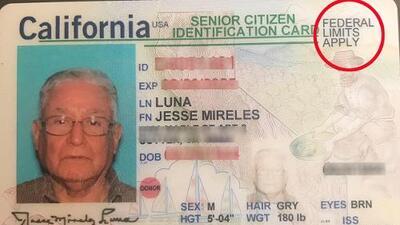 Cómo una nueva identificación y los operativos de ICE preocupan hasta a ciudadanos de EEUU en California