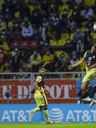América venció a Pachuca pero no le alcanzó para quedarse con el boleto a las Semifinales por el gol de visitante. <br>