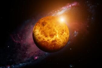 Venus entra directo en Capricornio: ¡el amor se consolida!