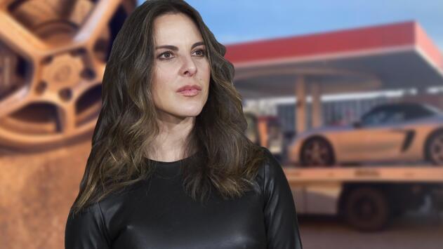 A Kate del Castillo se le ponchó una llanta y la angustia de no llegar al estreno de su película la consumió