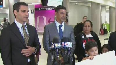 Misael Burgos regresa a Miami para visitar la tumba de su hijo que murió como un héroe en Key Biscayne