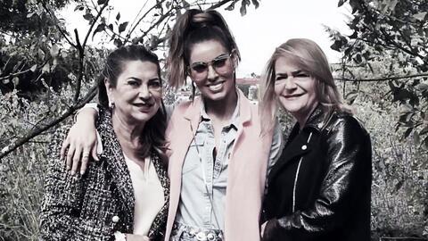 Sara Corrales y el ejemplo de las dos mujeres de su vida