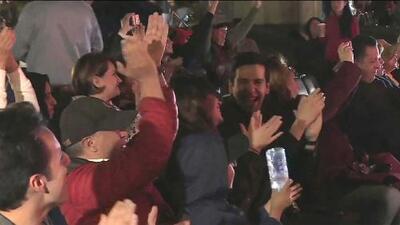Vecinos de Alfonso Cuarón en la colonia Roma aplaudieron las tres estatuillas que ganó en los Oscar