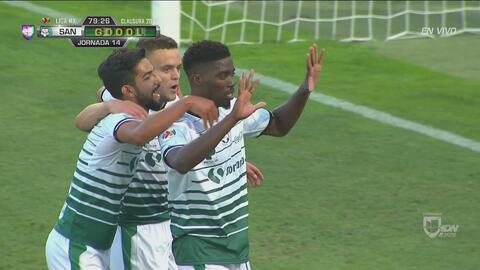 Djaniny Tavares no perdona y Santos ya le gana 2-0 al Querétaro
