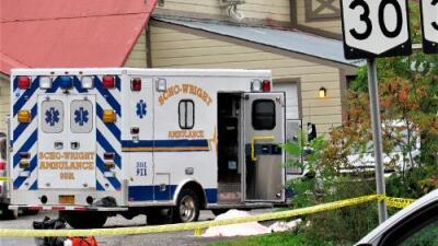 18  personas que iban en una limusina y dos peatones mueren en un trágico accidente en el estado de Nueva York