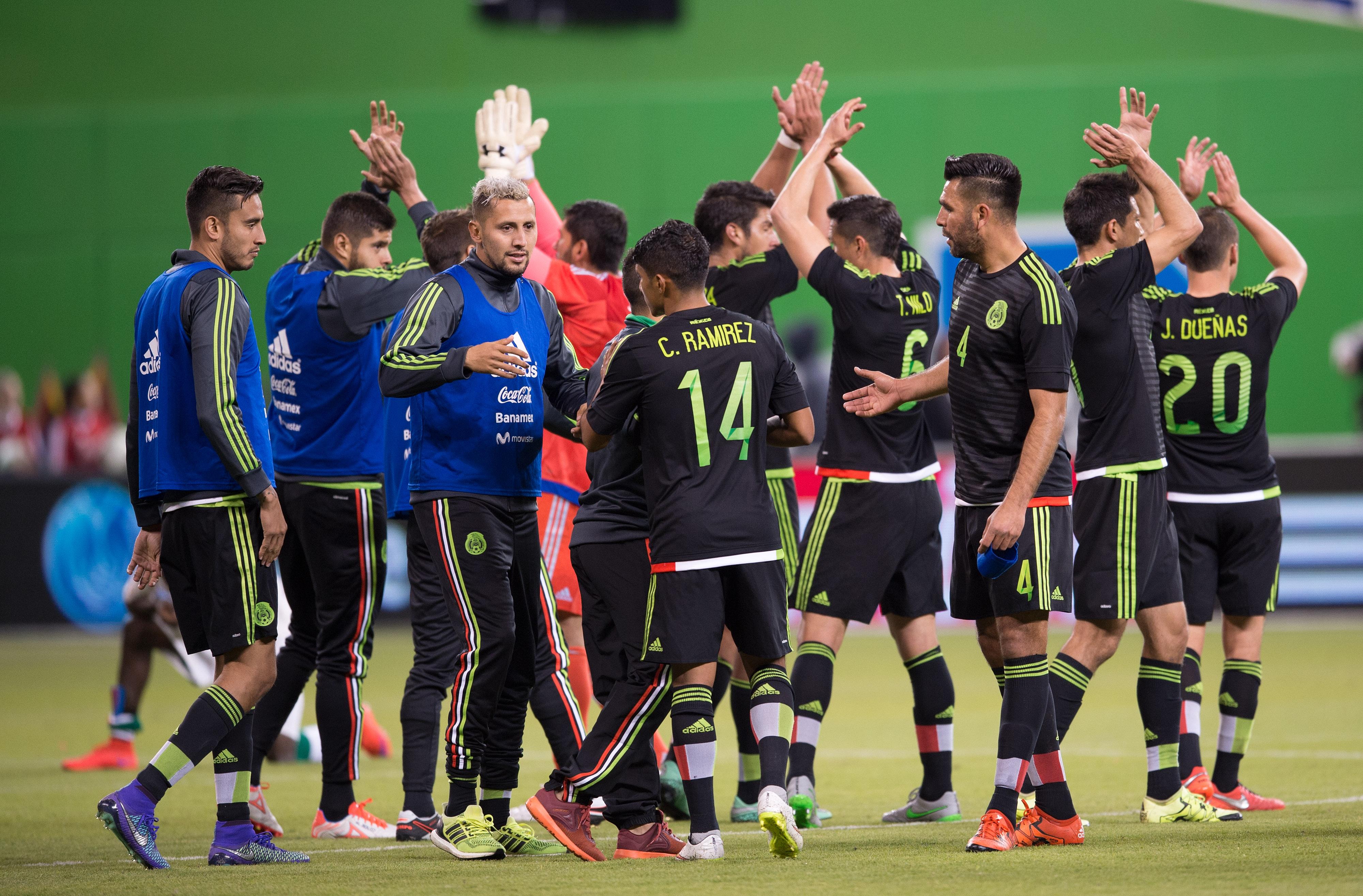 México venció a Senegal y calificamos a los jugadores del Tri