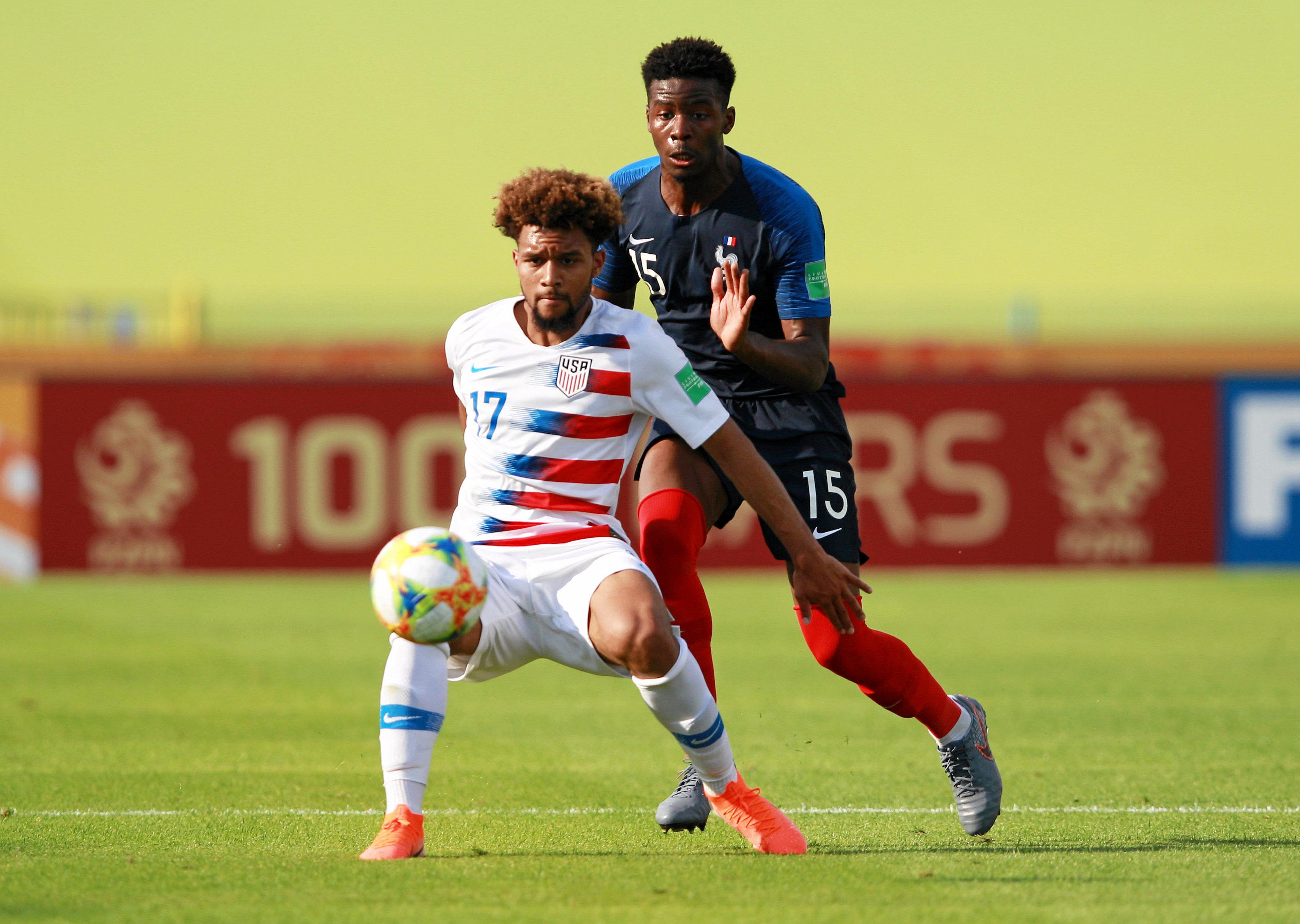 El estadounidense Konrad de la Fuente entrenó con el primer equipo del FC  Barcelona | Deportes MLS | TUDN Univision